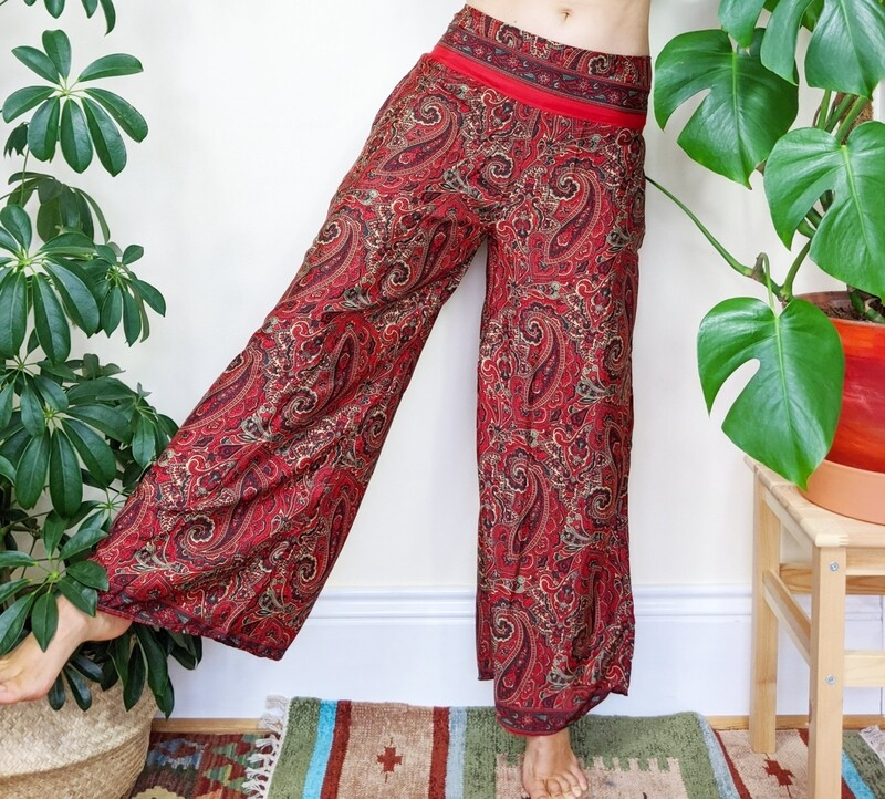 RED PAISLEY INDIAN SILK FLARES (S/M)