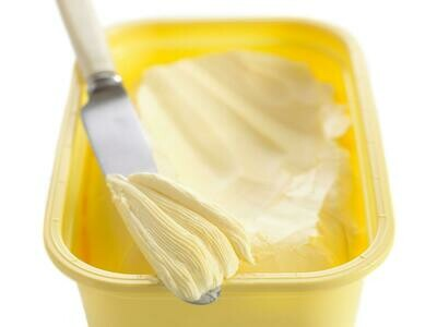 * Oasis Soft Whipped Margarine 4 Pound Tub
