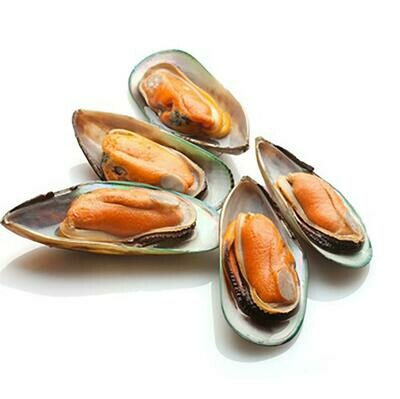 * Frozen New Zealand Green Lip Half Shell Mussles IQF, Blanched, 2 Pound Box