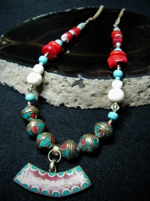 Curved Tibetan Focal Bead Necklace