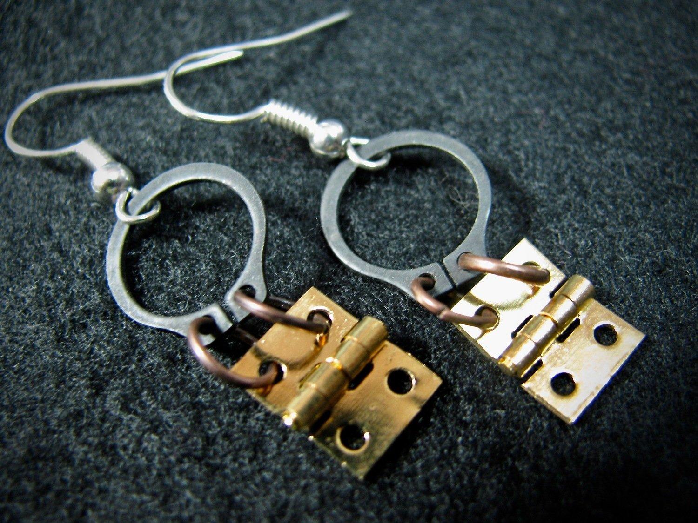 Brass Hinge and O Clamp Earrings