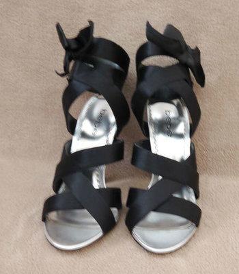 Bebe ISABELLA Women's Black Ribbon Heels Shoes (Size 6 Medium)