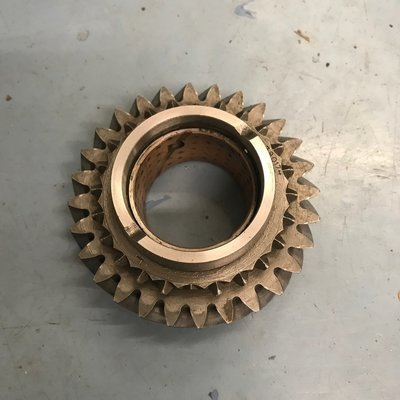 Volvo M40 2nd gear 28 tooth (used) 380174