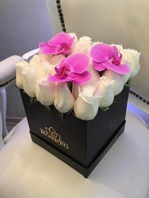 Box Rosas + Orquídea