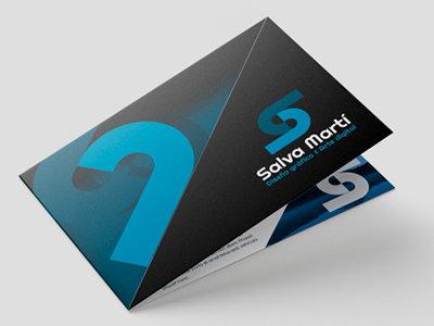 Diseño de tarjetas de visita (4 caras)