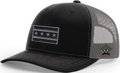 Chicago Flag Snapback Trucker Mesh Black/Grey