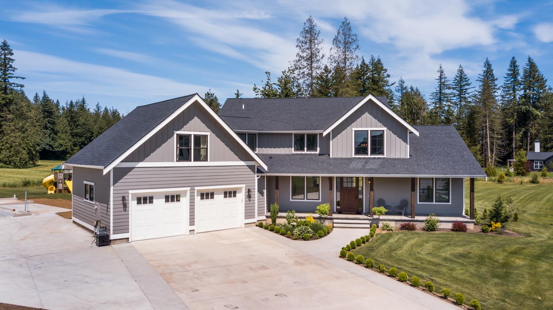 Contemporary Farmhouse 824 824