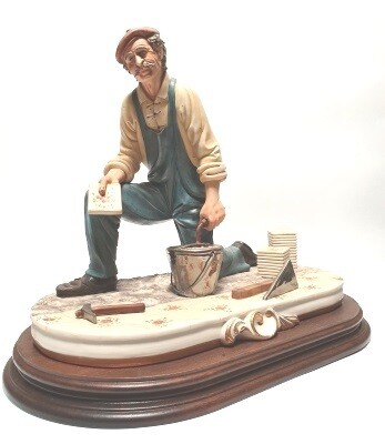 Vloerder 31 cm Capodimonte Bisquit