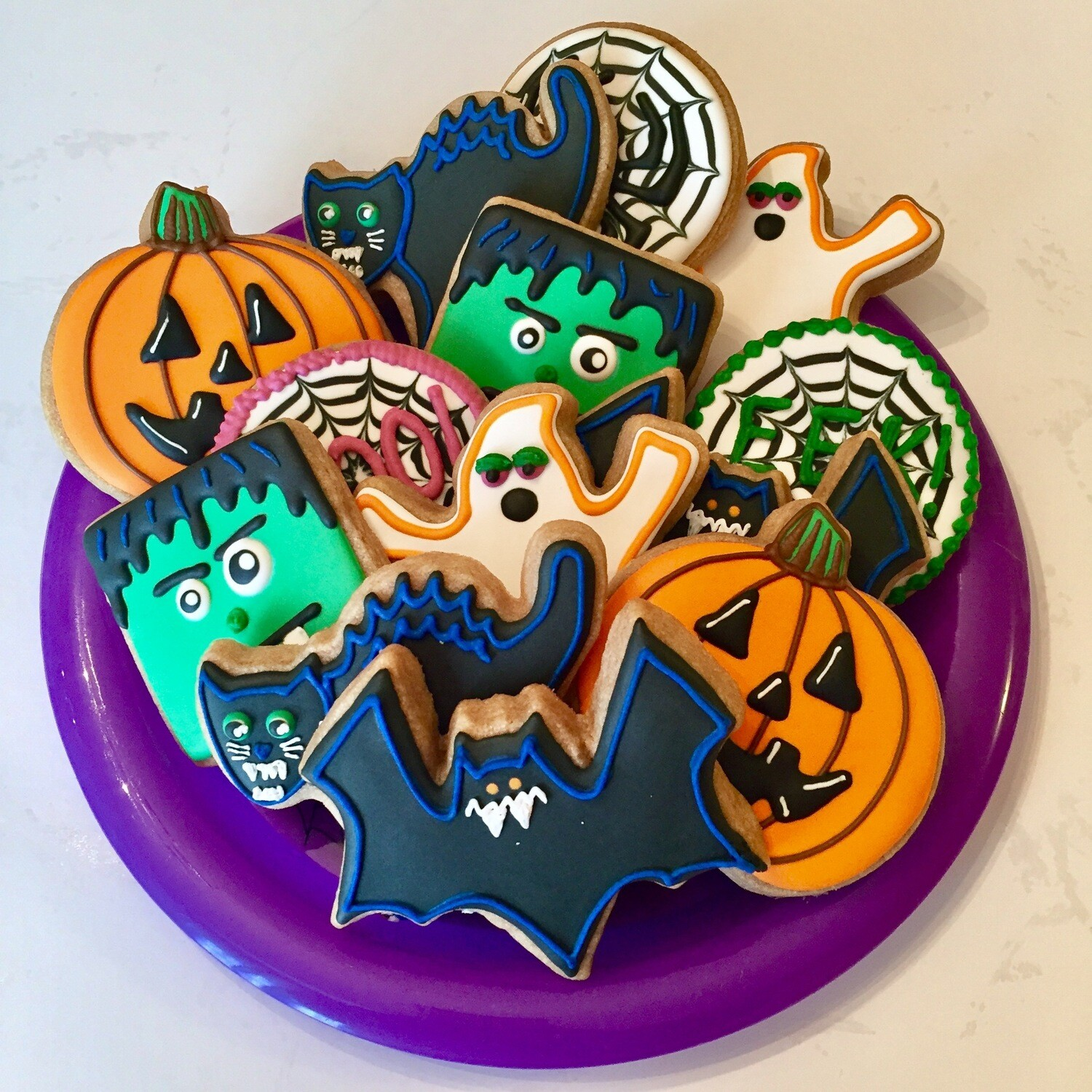 HALLOWEEN Decorating Workshop (BYOB) - MONDAY, OCTOBER 28th at 6:30 p.m. (WYLDE ACRES) BYOB