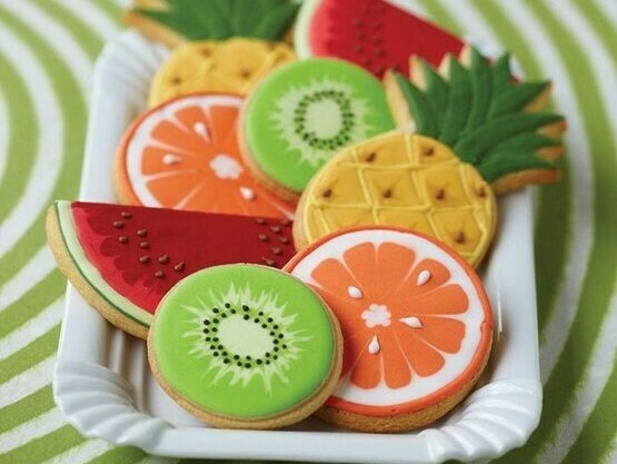 'Fruiti Tooti Decorating Workshop - FRIDAY, JUNE 5th at 1:30 p.m. (THE COOKIE DECORATING STUDIO)