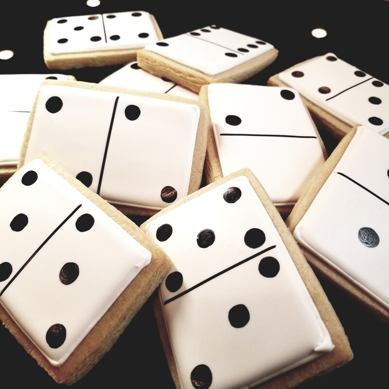 DOMINO SET (1 DOZEN)