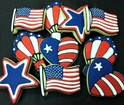 'Patriotic Decorating Workshop - FRIDAY, JULY 3rd at 1:30 p.m. (THE COOKIE DECORATING STUDIO)
