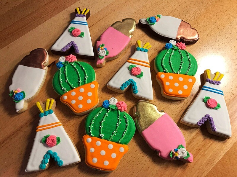 'Cactus Boho Decorating Workshop - FRIDAY, JULY 10th at 7 p.m. (THE COOKIE DECORATING STUDIO)