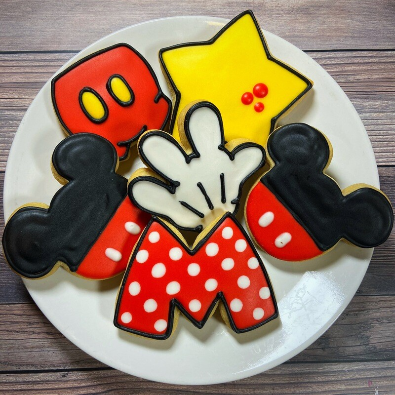 'Mickey Mouse Decorating Workshop - THURSDAY, JULY 16th at 2 p.m. (THE COOKIE DECORATING STUDIO)