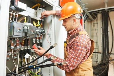 ELECTRICIAN (Module 1) OPEN ENROLLMENT Aug 31, 2020-Jan 18, 2021 Mondays 5-8:45 pm