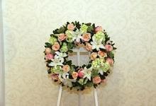 Graceful Wreath