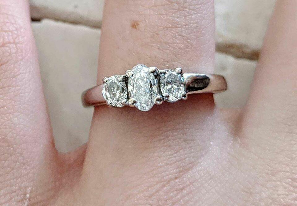 Three Stone Oval Diamond Ring from Shane Co Sz 7