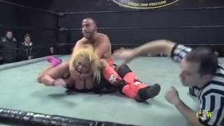 Maria Manic vs Mike Del (Match 2) (Man vs Woman Intergender Wrestling)