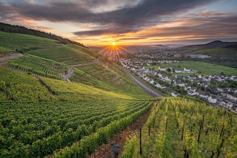 Sonnenaufgang über Bad Neuenahr-Ahrweiler - Leinwand