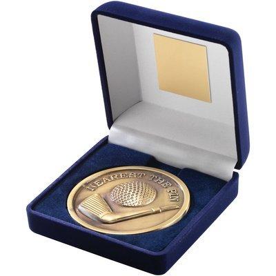 BLUE VELVET BOX+MEDAL GOLF TROPHY - ANTIQUE GOLD 'NEAREST THE PIN' 4in