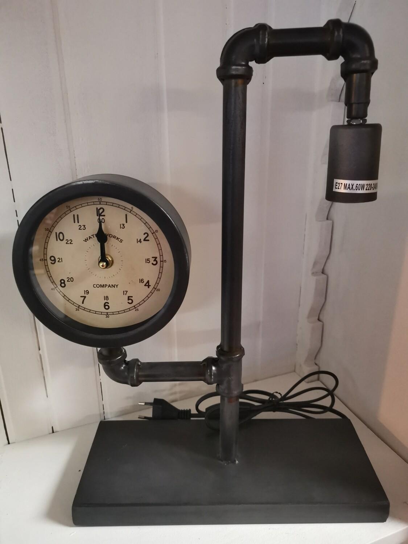 Waterleiding klok lamp