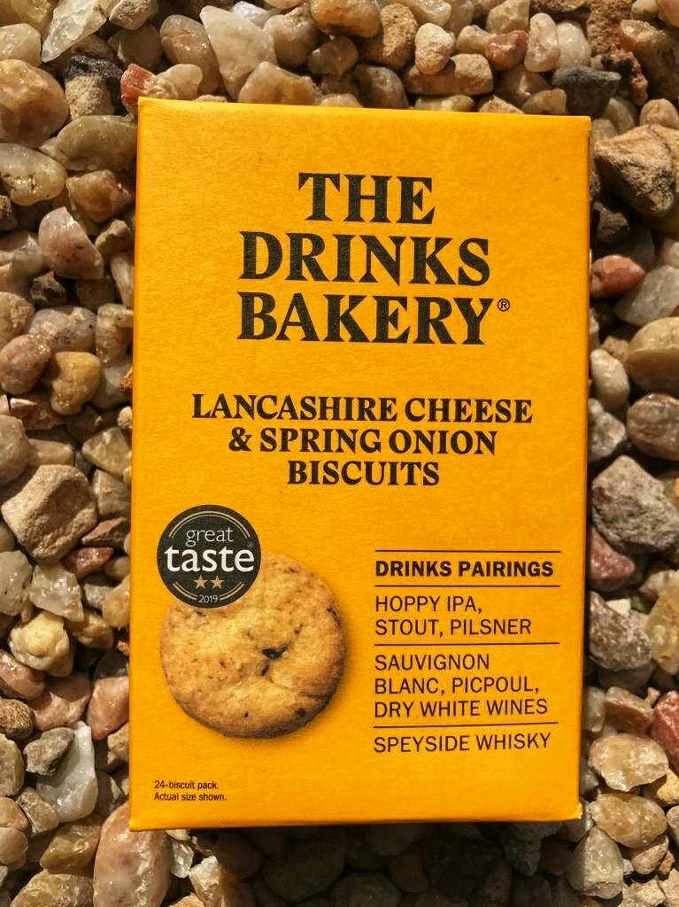 Drinks Biscuit by the Drinks Bakery - Lancashire Cheese & Spring Onion - 24 pack.