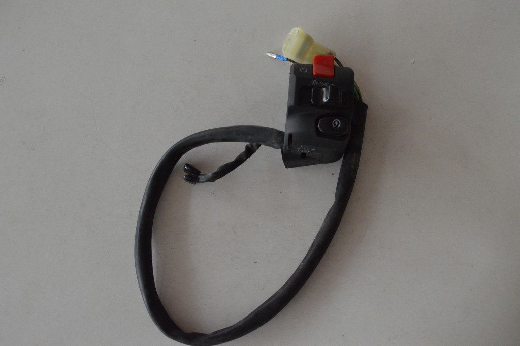 CFMOTO HANDLE SWITCH RH A000-167000