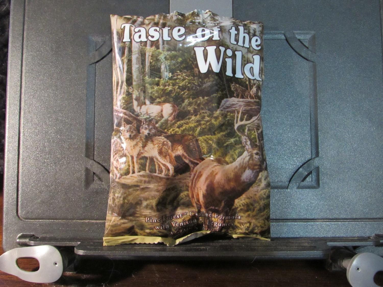 Taste of the Wild Pine Forest Dog 6 oz (8/18) (A.Q4)
