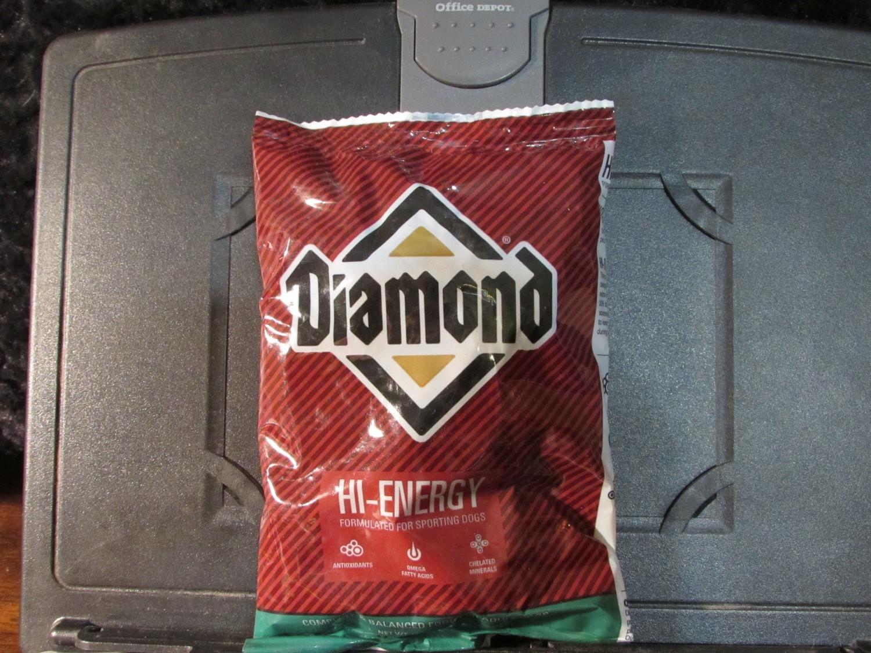 Diamond High Energy Chicken Dog 6 oz