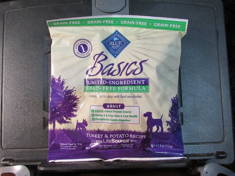 **SALE** Blue Buffalo GF/LID Turkey & Potato Adult Dog Trial Size 4 oz (12/18) (A.P4/DDS)