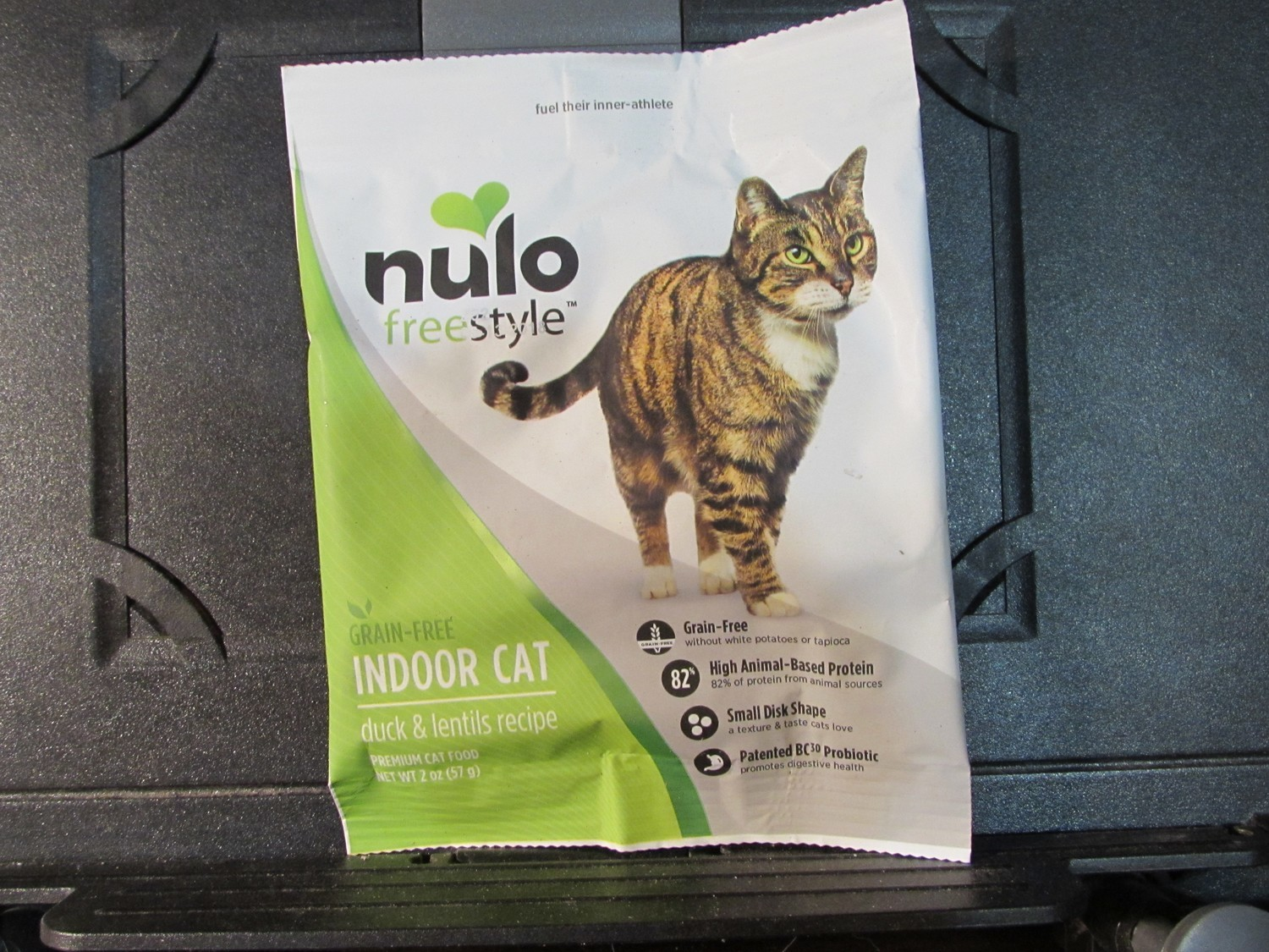 **SALE** Nulo Freestyle Cat GF Indoor Duck & Lentils 2 oz (11/18) (A.P3)