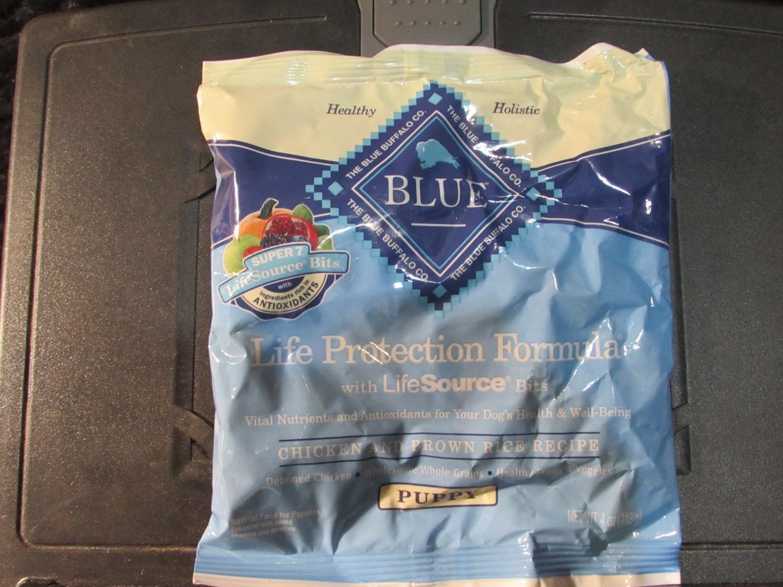 Blue Buffalo De-boned Chicken & Brown Rice Puppy 4 oz (11/19)