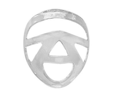 Пластмассовая маска