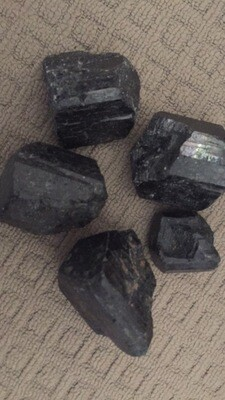 (Black) Tourmaline raw