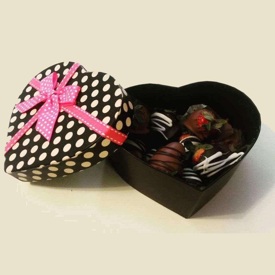 Decorative Gift Box Chocolate Covered Strawberries
