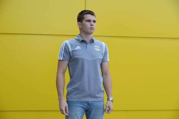 Поло Adidas cезона 19/20 c эмблемой клуба