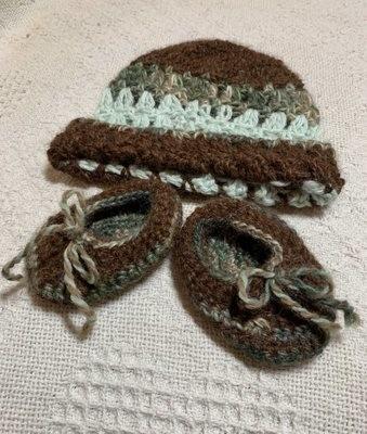 Green and Brown Alpaca Hat - Newborn