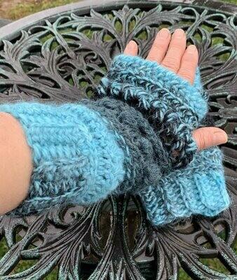Sampler Alpaca Fingerless Gloves - Espiral