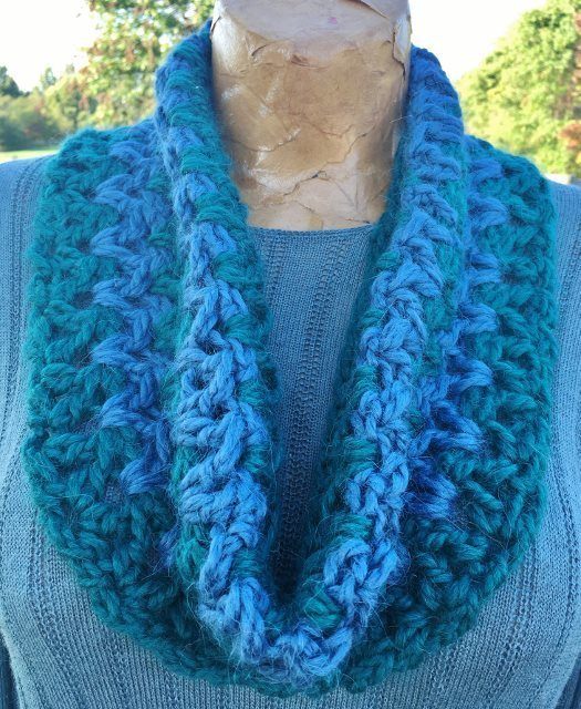 Stormy Weather Cowl - Green and Blue