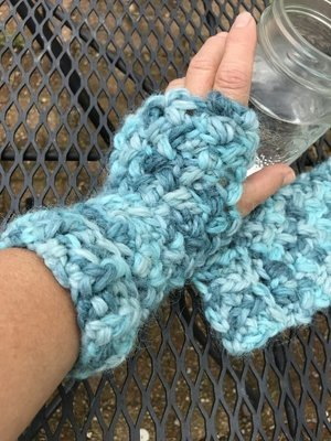 Bulky Fingerless Gloves - Snuggle