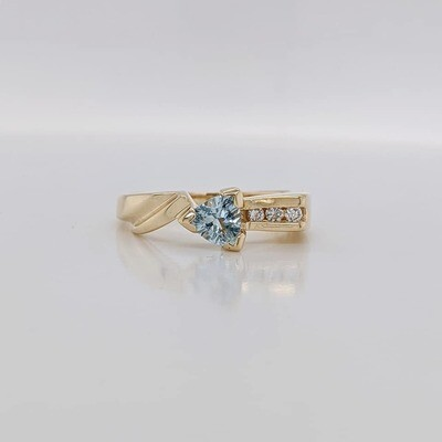 Estate 14kt Yellow Gold Aqua & Diamond Ring