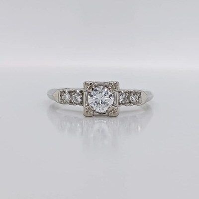 Estate 14kt White Gold Vintage Wedding Ring