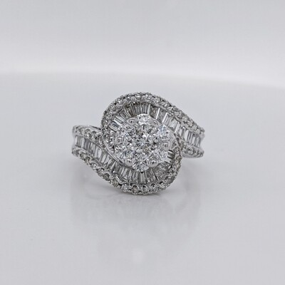 14kt White Gold Diamond Statement Ring