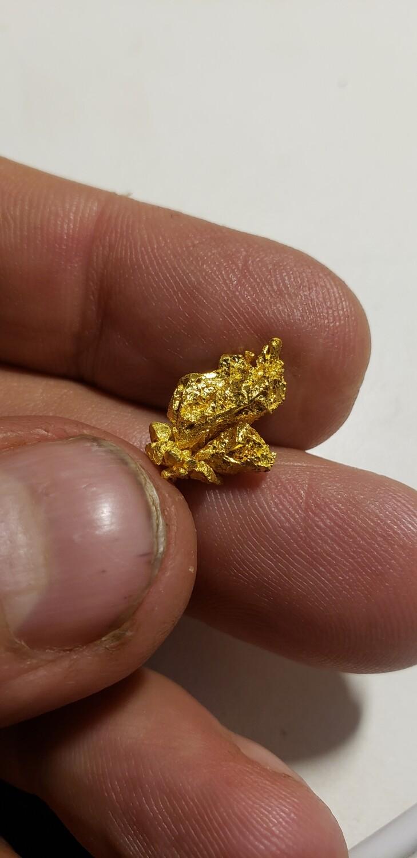 Rare Colorado quartz mine gold specimen - 3.27 grams