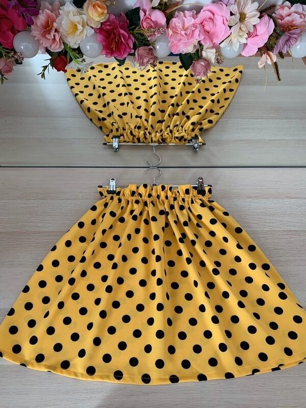 Falda amarilla topos