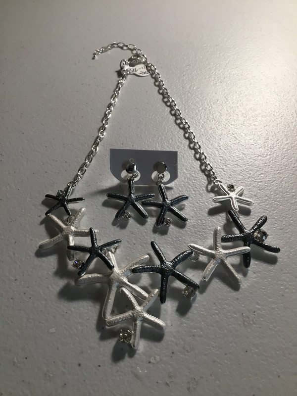 Silver/Black Starfish Necklace Set
