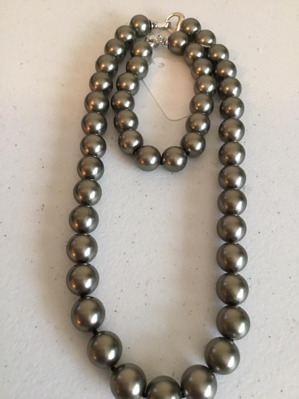 Gray Black Bracelet And Necklace Set