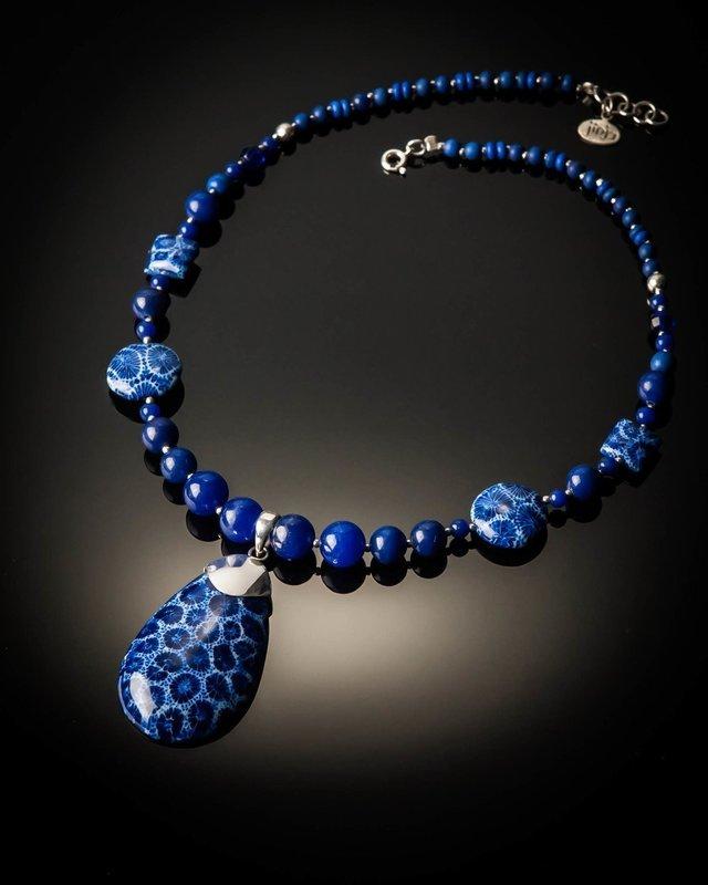 Blue Coral Pendant Bead Necklace