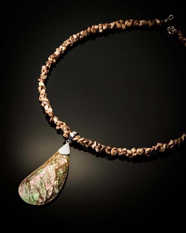 Brown Mother of Pearl Brown Shell Necklace