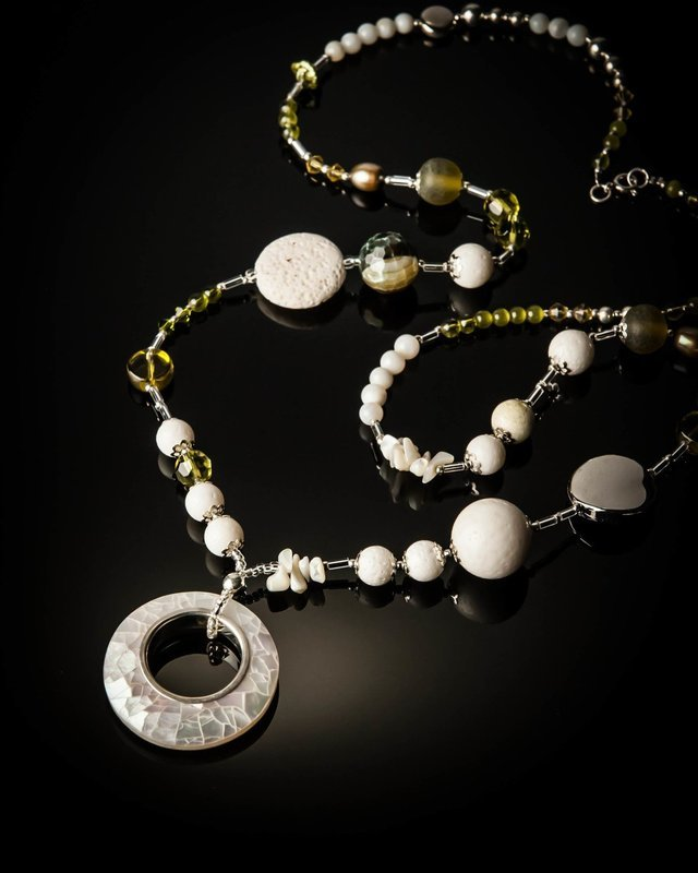 Mother of Pearl White Coral Green Necklace